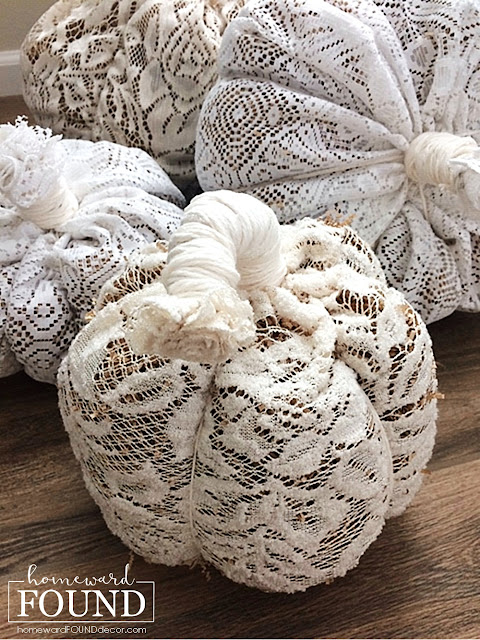 fall, autumn, fall decor, autumn decor, pumpkins, decorating with pumpkins, fabric pumpkins, no sew pumpkins, lace pumpkins, boho pumpkins, boho decor, boho style, macrame, soft scultpure pumpkins, neutrals, neutral decor, neutral fall decor, home decorating, diy,  diy decor, diy home decor, fabric crafts, repurposed, upcycled, vintage style.