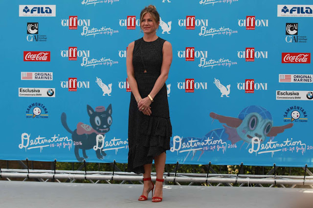 Jennifer Aniston Is Chic At The Giffoni Film Festival In Italy