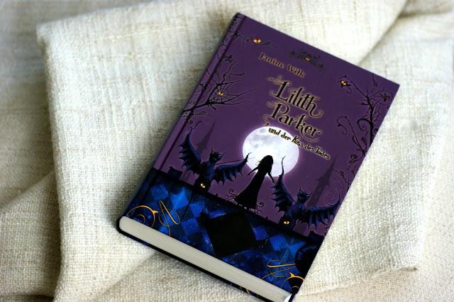 """Rezension """"Lilith Parker und der Kuss des Todes"""" von Janine Wilk www.nanawhatelse.at Der Salzburger Buch-Blog."""