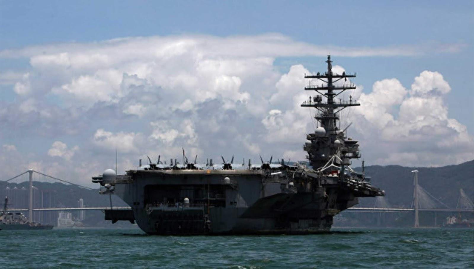 Helikopter AL AS jatuh di dek kapal induk Ronald Reagan