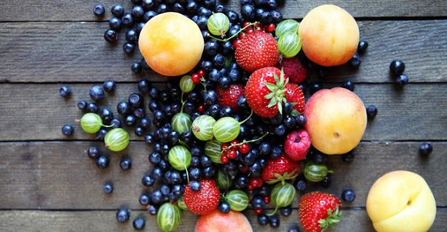 Body health, Healthy Fruit, Banana, Apple, Papaya,