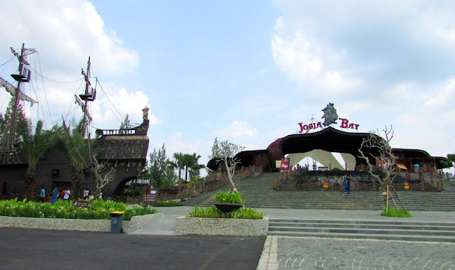 10 Keunggulan Wisata di Jogja Bay Pirates Adventure Waterpark