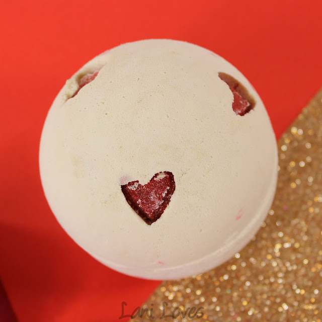 LUSH Valentines Day 2016 - Lover Lamp Bath Bomb Review
