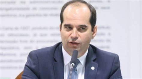 Bolsonaro escolhe procurador baiano Alberto Balazeiro para vaga de ministro do TST; indicação será apreciada pelo Senado