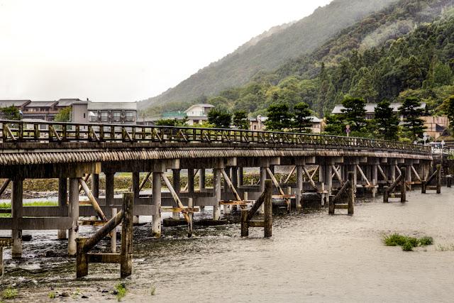 Puente de Togetsukyo a Arashiyama sobre el río Katsura :: Canon EOS5D MkIII | ISO400 | Canon 24-105@80mm | f/8.0 | 1/80s