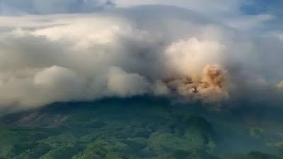 Masih Status Level Siaga, Gunung Merapi Dua Kali Meluncurkan Awan Panas Guguran
