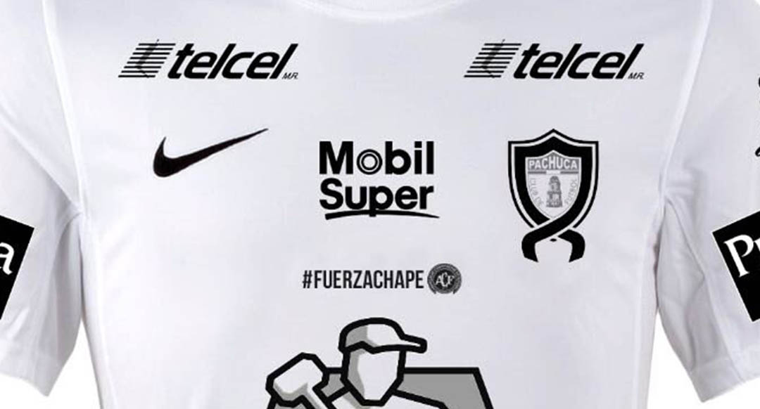 1e5dbd2e8 Club Pachuca has released a special kit in honor of the victims of the  Chapecoense plane crash. They debuted the unique jersey in yesterday s Liga  MX match ...