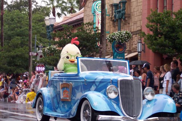 Chicken Little Float Stars and Cars Motorcade Disney MGM Studios