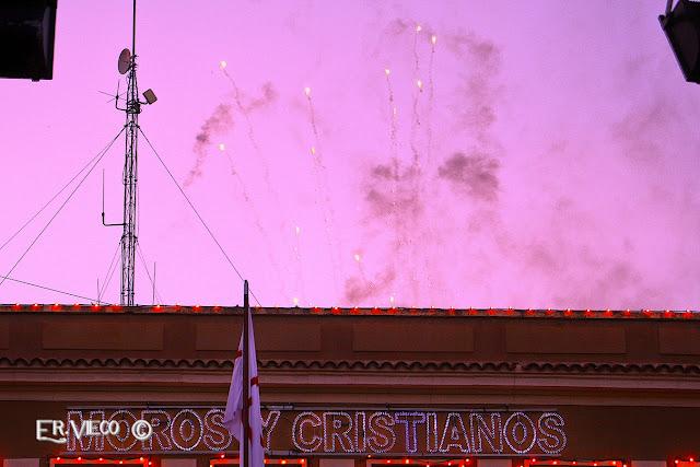 https://er-vieco.blogspot.com.es/2017/08/enlaces-moros-y-cristianos-elda-2017.html#more