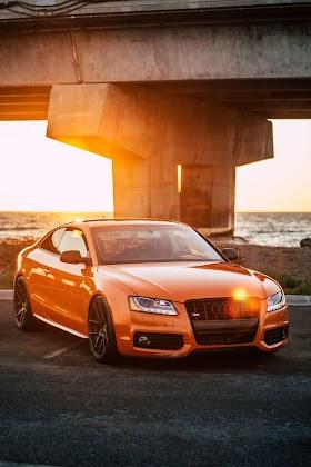 Audi Coupe Màu Cam
