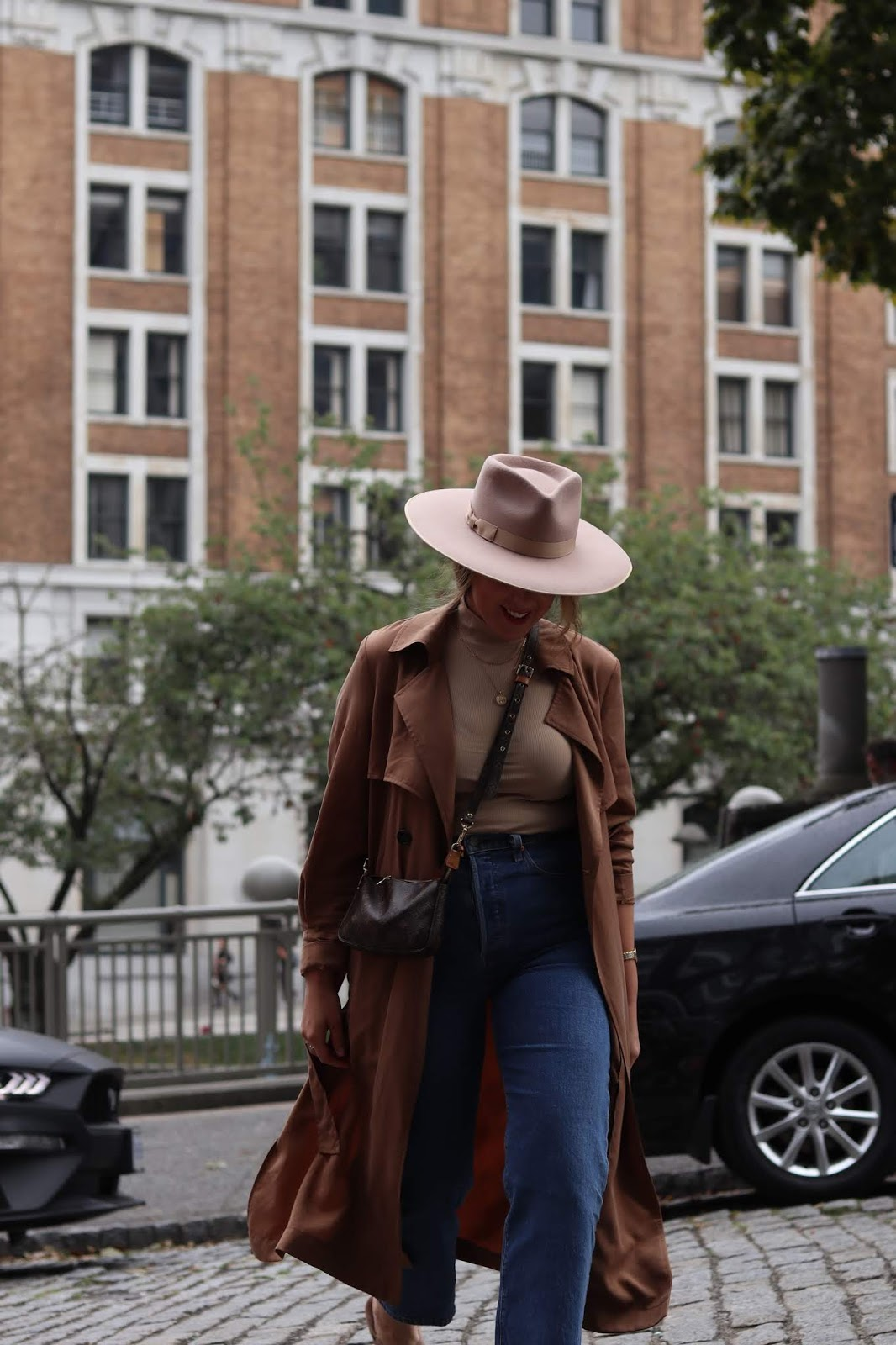fall outfit idea le chateau trench coat hm bodysuit lack of color rancher hat vancouver fashion blogger