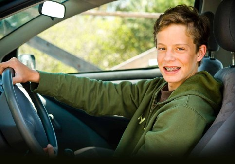 How to Find Cheap Car Insurance Rates For a New Young Driver