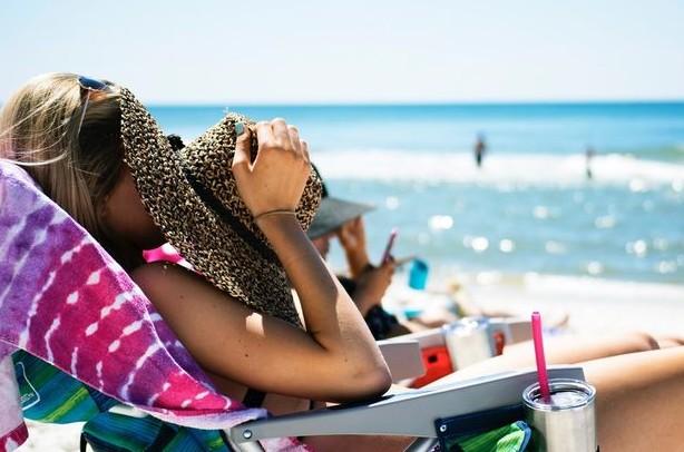 Αντηλιακή προστασία: Τα βασικά σημεία που πρέπει να ξέρεις