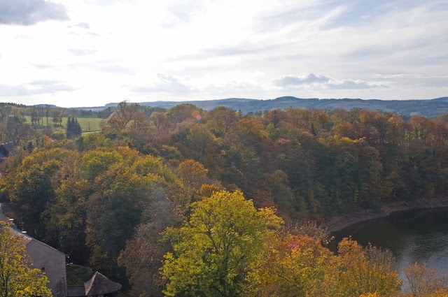 widok na okolicę, góry, wieża widokowa Zamek Czocha