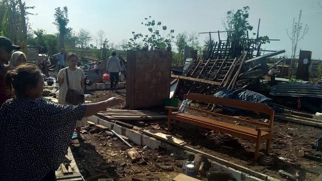 1.375 Rumah di Bojonegoro Rusak Diterjang Angin Puting Beliung