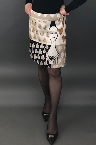 Panel print from the Max Mara Heritage prints line sewn into a New Look 6345 skirt