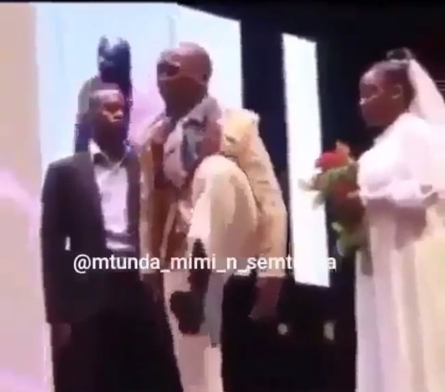 Hilarious video of Kenyan couple exchanging vows throws internet into confusion