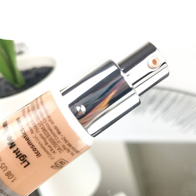 IT COSMETICS - CC + HYDRATING AND ANTI-AGING CONCEALER