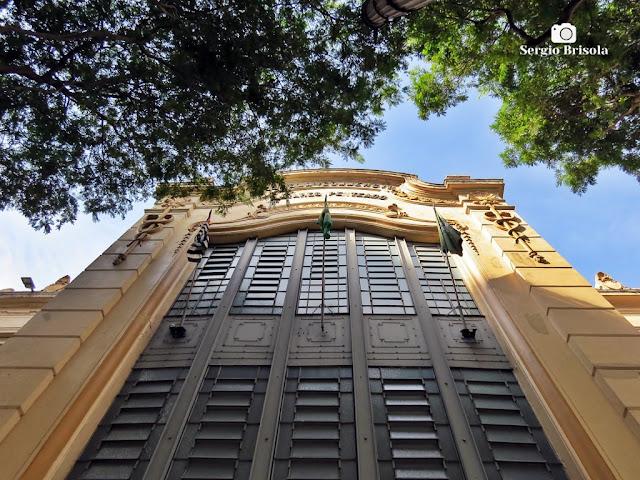 Perspectiva inferior da Fachada da antiga Escola de Comércio Alvares Penteado - Sé - São Paulo