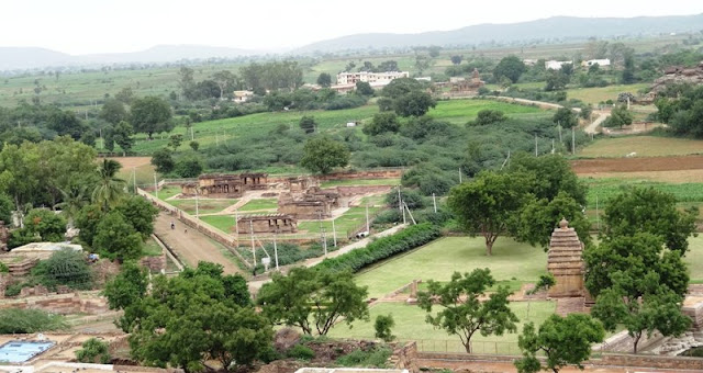Places to see in Aihole - Village of Aihole