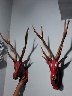 Lapak barang antik: Jual kepala rusa , bahan kayu ,