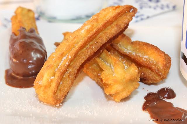 Churros con chocolate. Julia y sus recetas