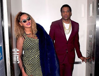 Jay-Z Celebrates 48th Birthday with Beyonce in an Elevator on a smile