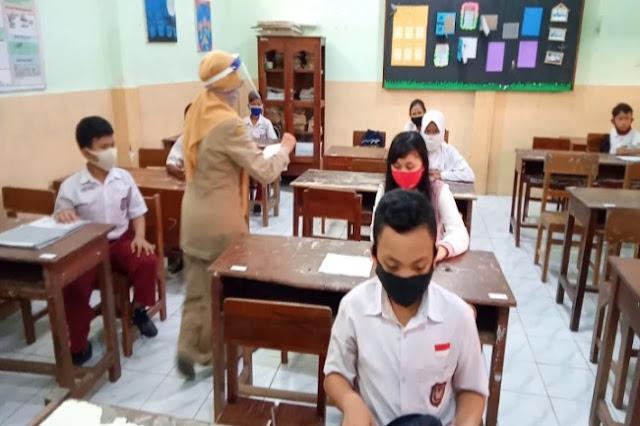 Ini Syarat Pembukaan Sekolah dan Belajar Tatap Muka Daerah Zona Kuning