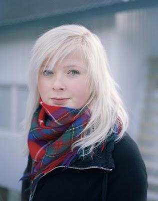 فتاة من قومية سامي