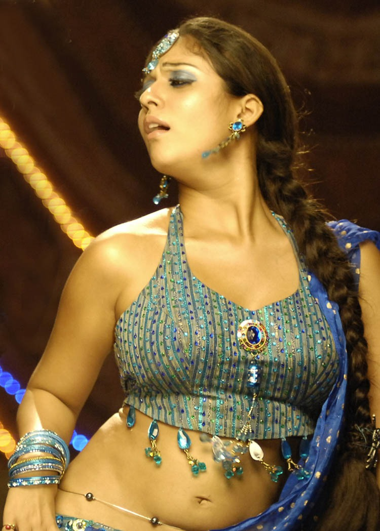 Tamil Actress Nayanthara Nude Photos