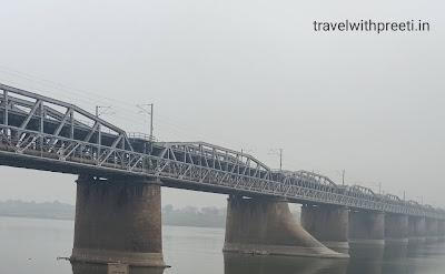 Old Yamuna Bridge Allahabad (Prayagraj) - पुराना यमुना ब्रिज इलाहाबाद (प्रयागराज)