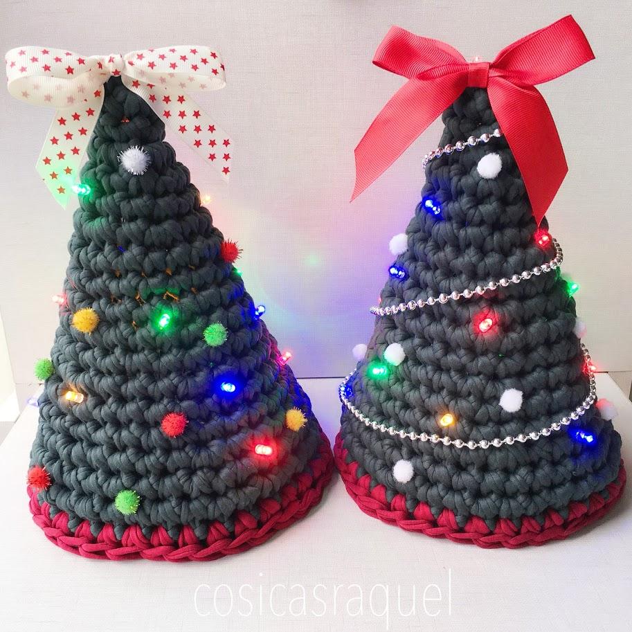 8f811dbcbc643 Árbol de Navidad de Trapillo con luz - HANDBOX