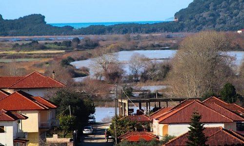 Ελεγχόμενη είναι η κατάσταση στη Δημοτική Ενότητα Φαναρίου όπου καταγράφονται πλημμυρικά φαινόμενα.