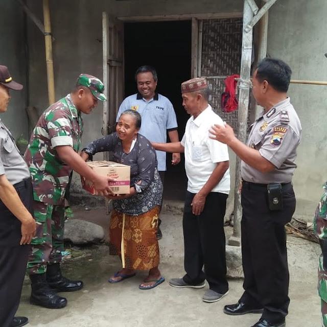 Sinergitas TNI Polri Bantu Warga Pra Sejahtera