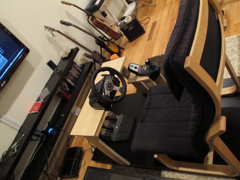 fabriquer un cockpit pour les jeux de voiture niko pik. Black Bedroom Furniture Sets. Home Design Ideas