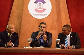 Rubén Maldonado aboga por  el fortalecimiento de la familia