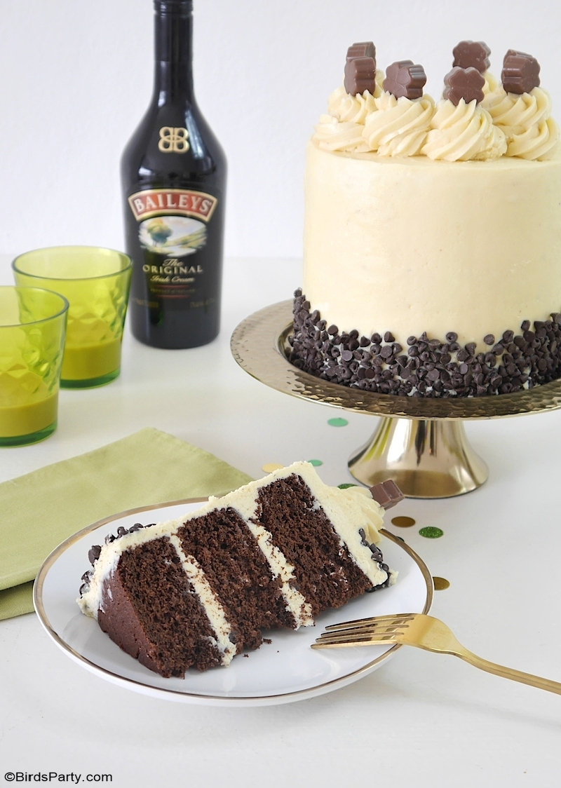 Chocolate Layer Cake with Baileys Condensed Milk Frosting - easy and quick to make Russian buttercream frosting, perfect for Saint Patrick's Day! by BirdsParty.com @birdsparty #saintpatricksday #layercake #baileys #baileyscake #chocolatecake #baileyslayercake #russianbuttercream #sweetcondensedmilk #frosting #buttercream #saintpaddysday