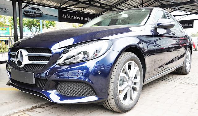 Thiết kế ngoại thất Mercedes C200 ấn tượng cuốn hút