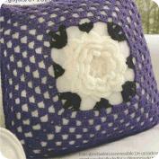 "Cojín ""Bien romántico"" a Crochet"
