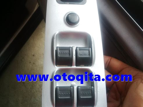 Saklar power window honda crv 2003