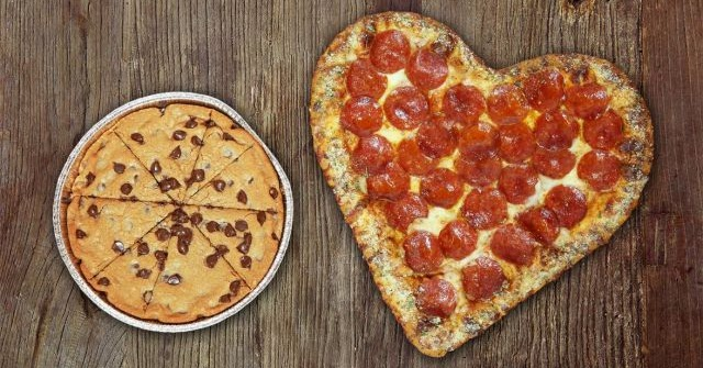 pizza huts heartshaped pizza is now available for 2016