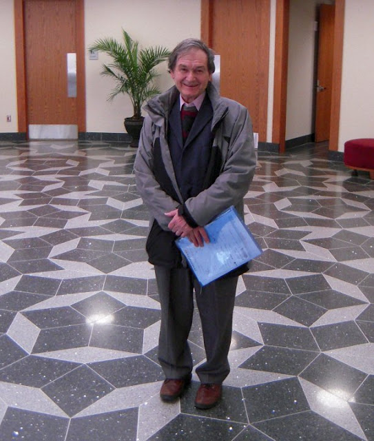 mathematician roger penrose 10 facts