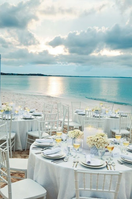 Idyllic Tables and Weddings on The Beach 6