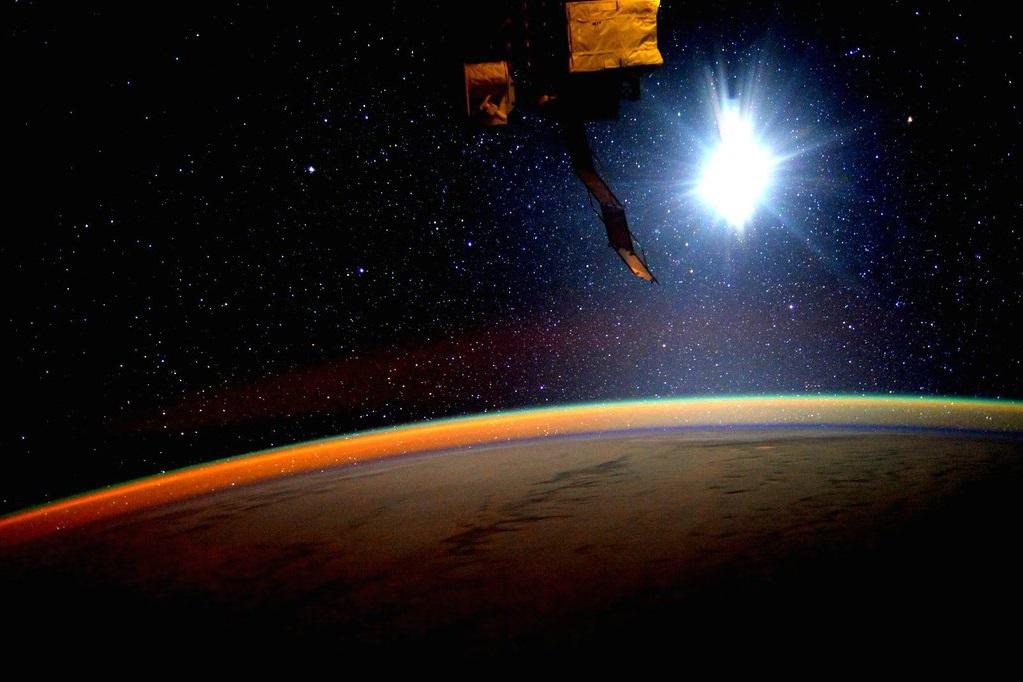 AO VIVO: astronautas retornam à Terra após missão de 1 ano Scott%2BKelly%2Bem%2Bseu%2Bdia%2B325%2Bno%2Bespa%25C3%25A7o%2B-%2Bboa%2Bnoite