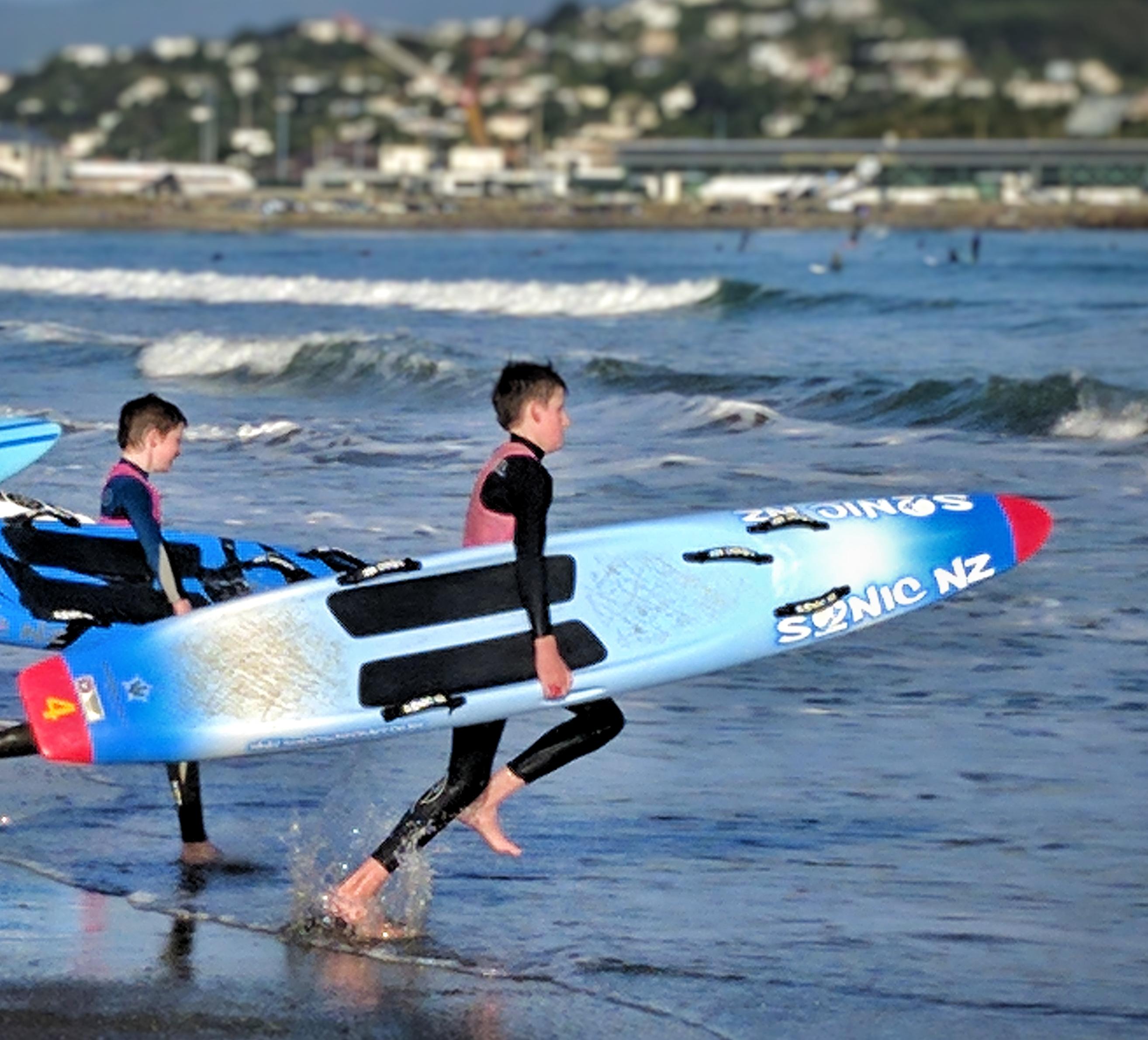Go: Surf Lifesavers training at Lyall Bay (NZ)
