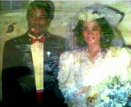 Pastor Chris and Anita Oyakhilome wedding picture