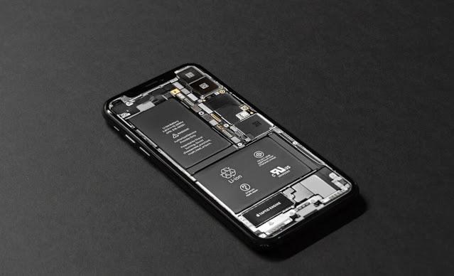 Apakah Baterai Tanam HP Bisa Diganti?