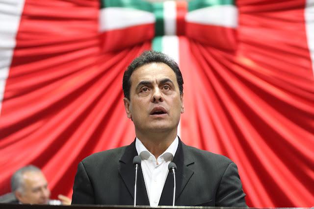 diputado Ismael Hernández Deras (PRI)