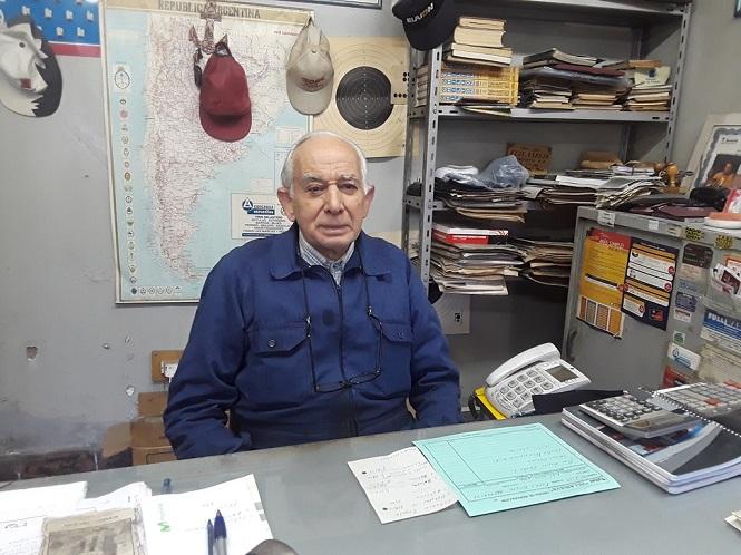 Mario Vela: 80 años y una vida en la mecánica
