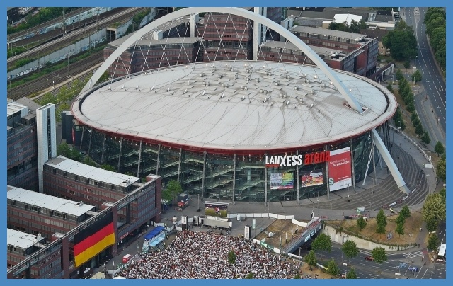 Då släpps biljetter till Final 4 2017 handbollskanalen from Lanxess arena draußen